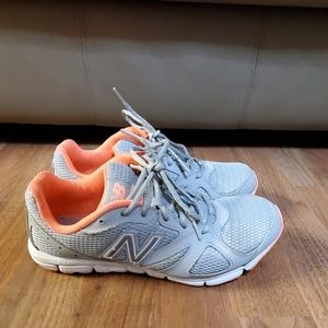 New Balance 635